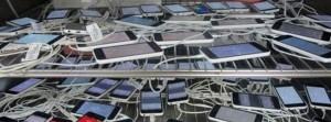 iPhone 5C çok fena sızdı!